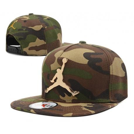 Gorra Jordan Camuflaje En Verde Militar y Logo en Metal Dorado ... 901f43c57bf